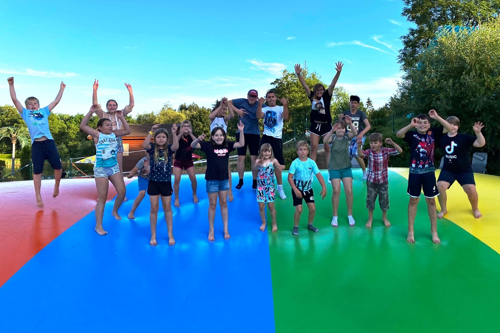 mega_trampolina_sikluv_mlyn